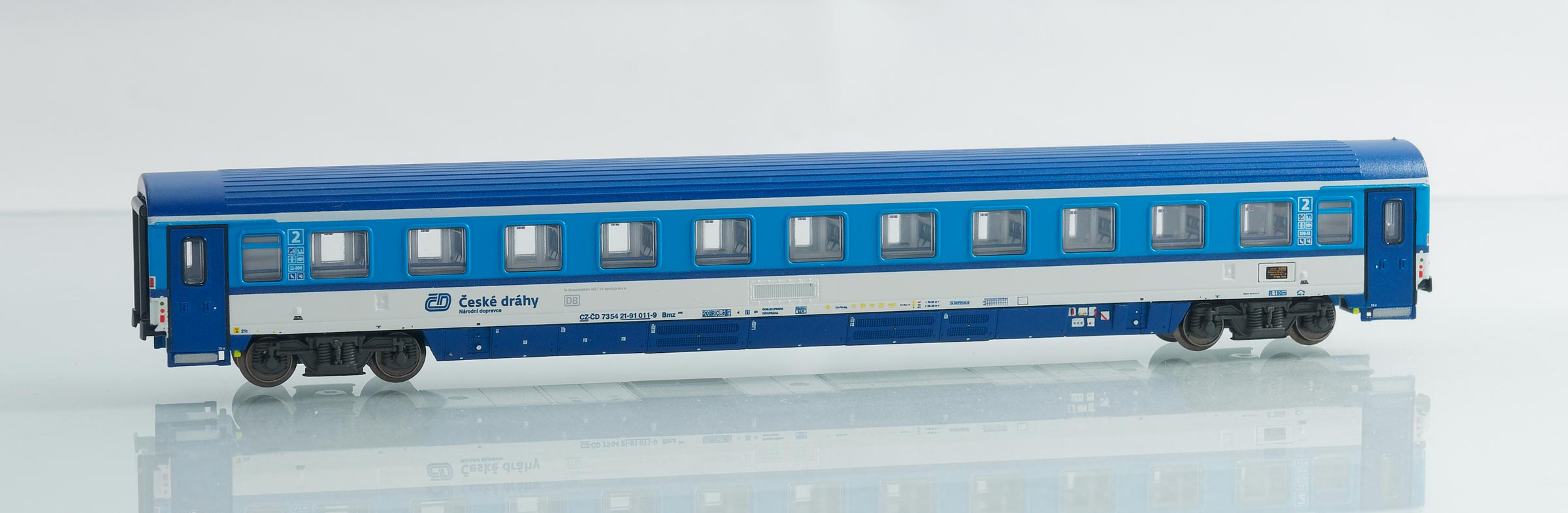 195431: EuroCity compartment car 2. class, type Bmz 245 of the Czech Railways CD